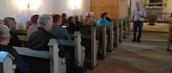 Kirkerne åbner igen